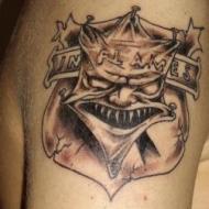 Egengjord tattoo. In flames loggan fast moddad. In flames we trust !