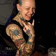 En massa goa tatueringar