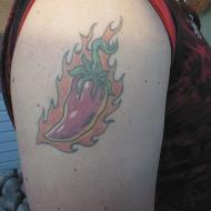Chili pepper på höger axel