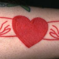 Rött hjärt med outlines