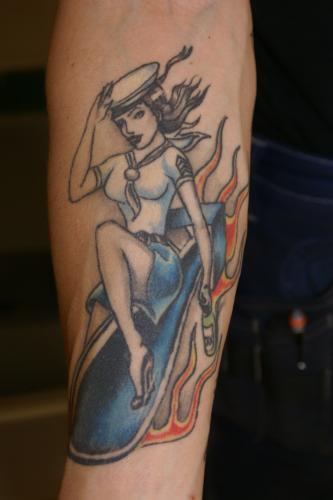 Rock n roll tatuering title=
