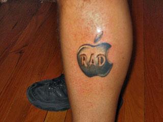 Mac och Apple tatuering title=